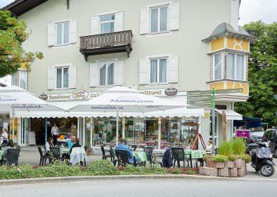 Café Thron Aussenansicht